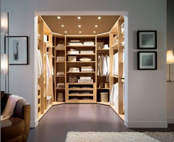 Walk-in Wardrobe - Walk-in